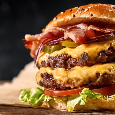 Marhahúsos sajtburger